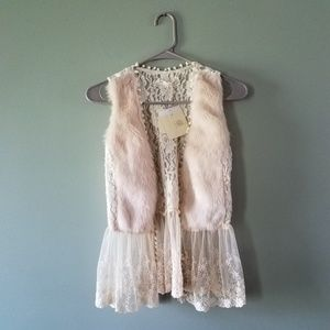 Anthropologie A'reve fur and lace vest NWT